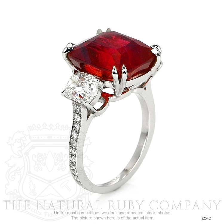 12.24ct Ruby Ring Image 2