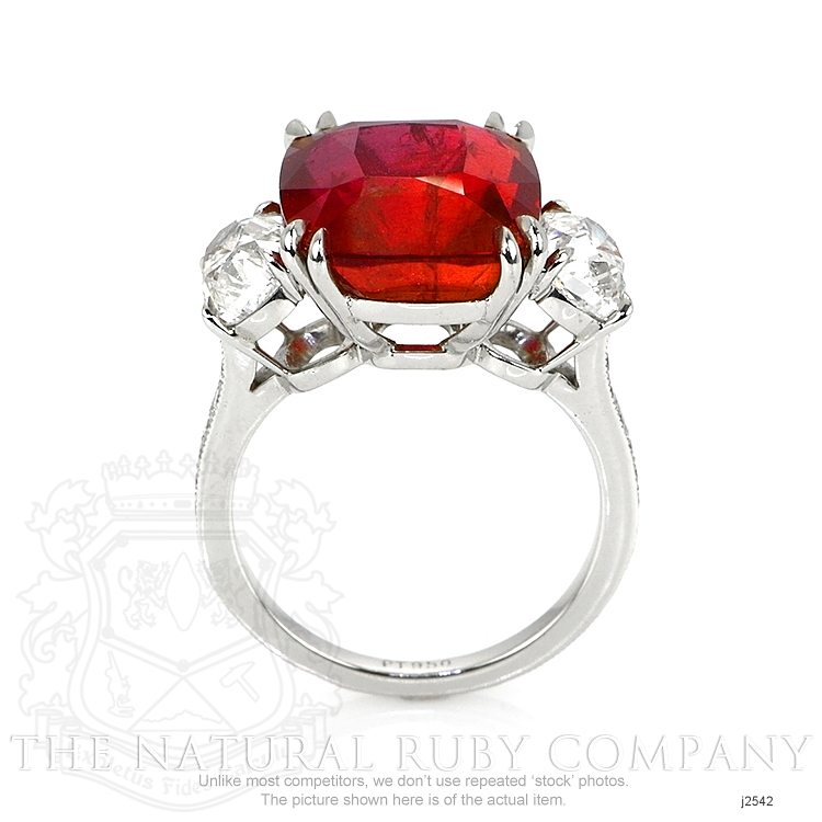 12.24ct Ruby Ring Image 4