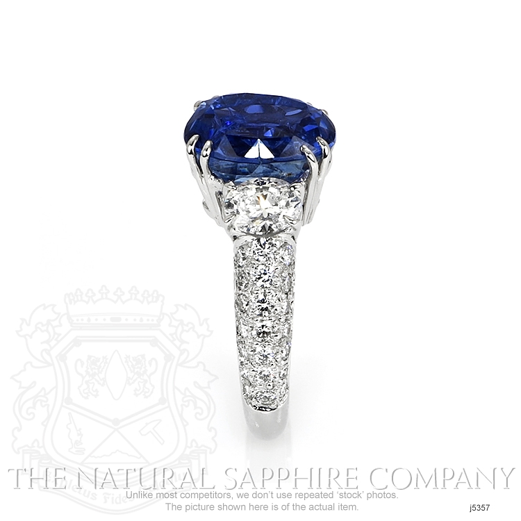 6.78ct Blue Sapphire Ring Image 3