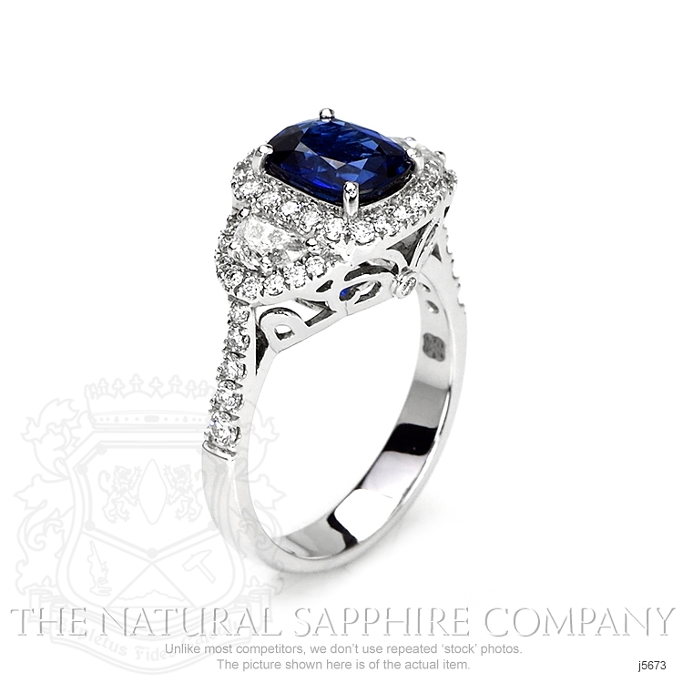 2.05ct Blue Sapphire Ring Image 2