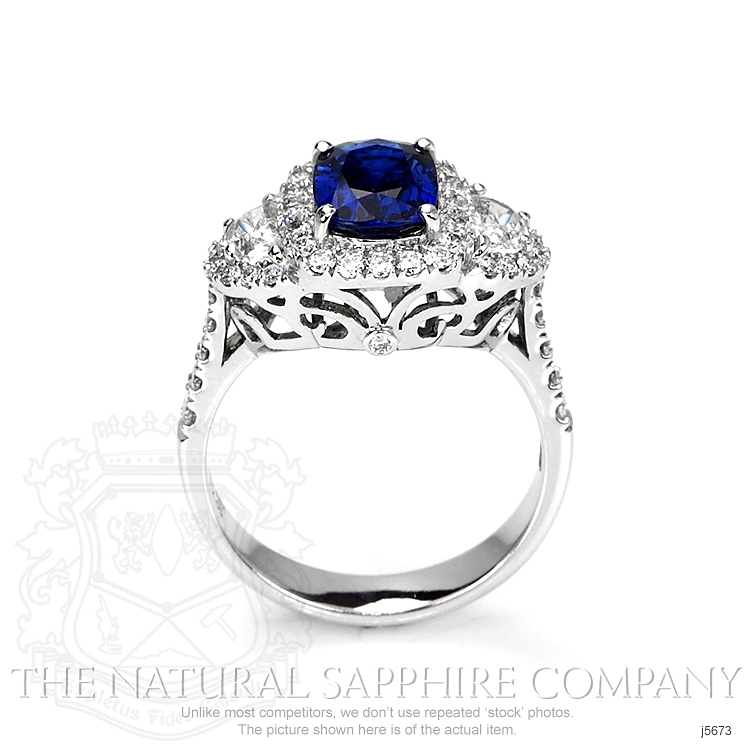 2.05ct Blue Sapphire Ring Image 4