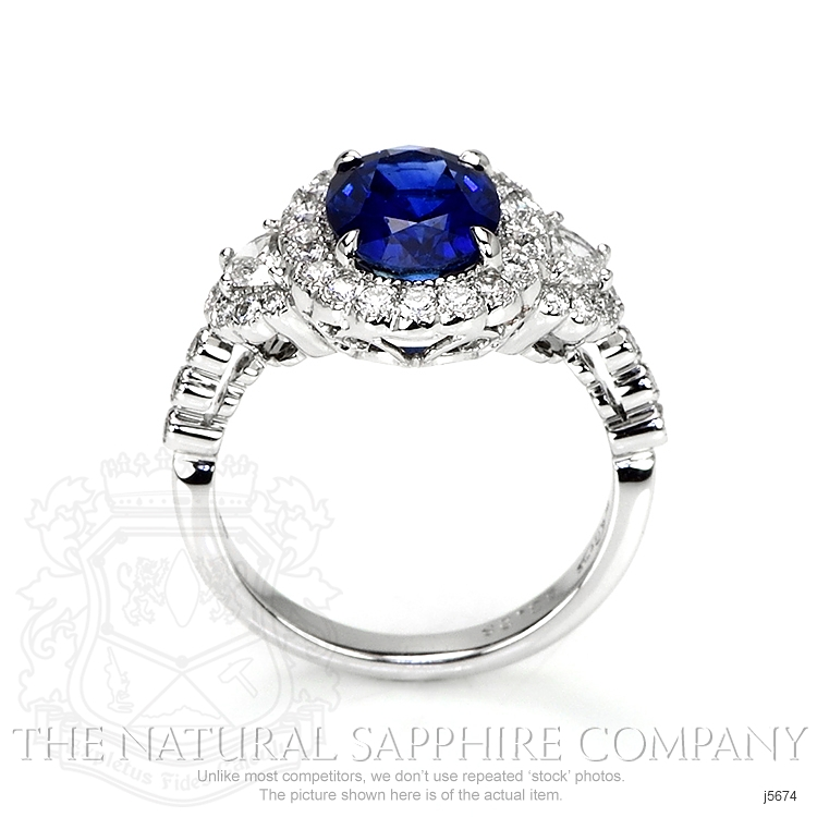 3.28ct Blue Sapphire Ring Image 4