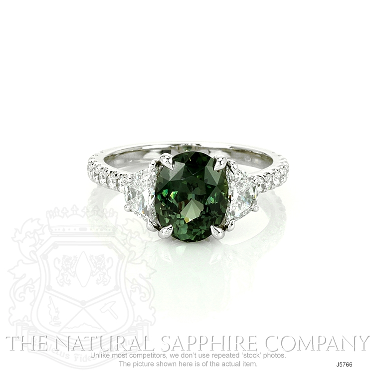 2.58ct Yellowish Green Sapphire Ring Image