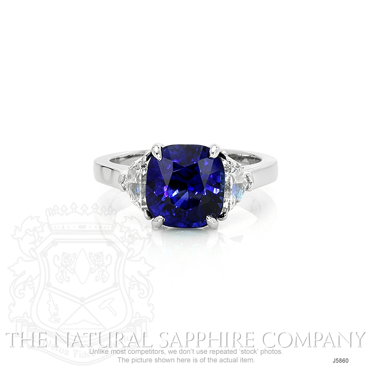 4.50ct Blue Sapphire Ring Image