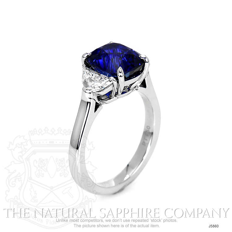 4.50ct Blue Sapphire Ring Image 2