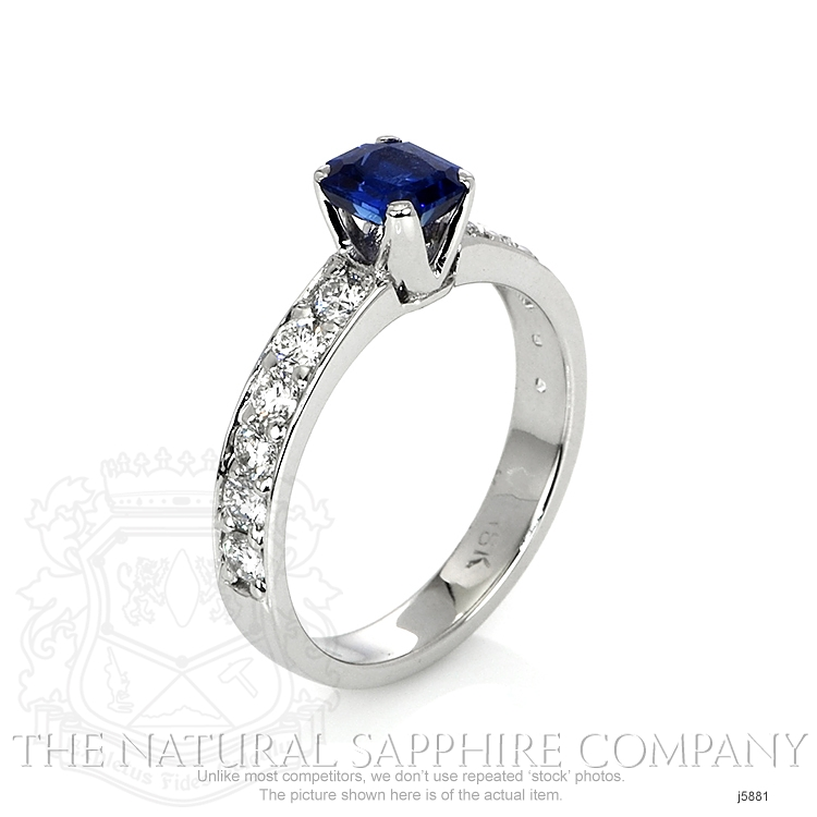 0.94ct Blue Sapphire Ring Image 2