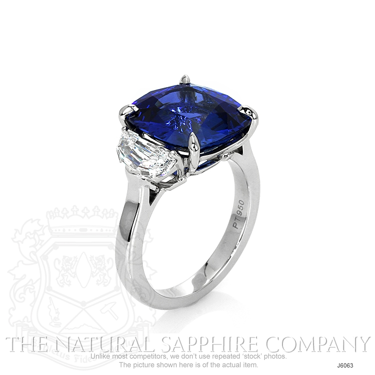 8.45ct Blue Sapphire Ring Image 2
