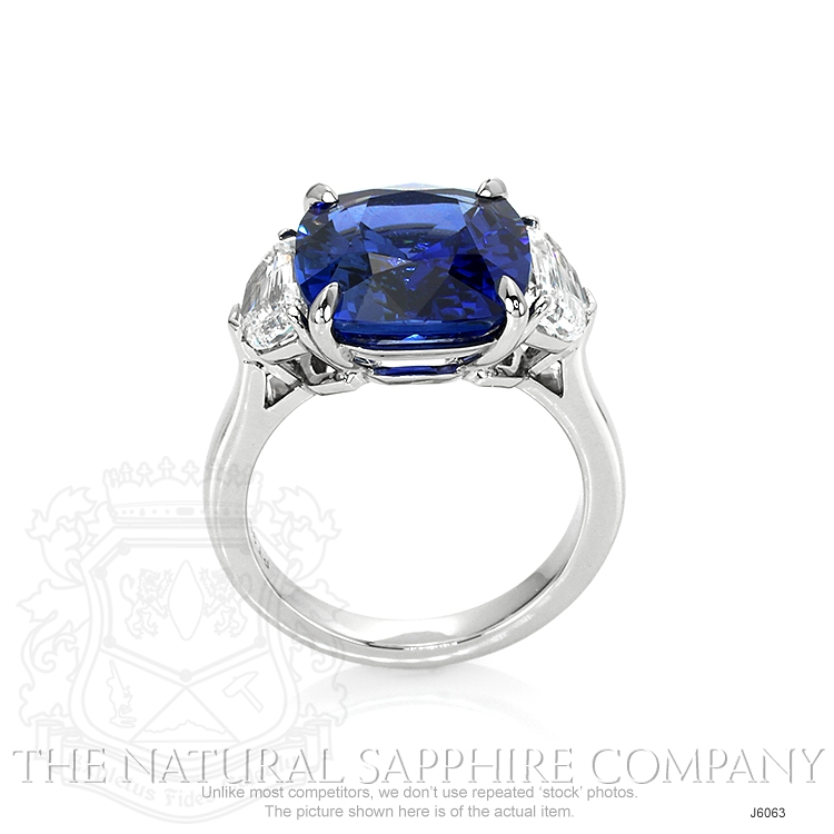 8.45ct Blue Sapphire Ring Image 4