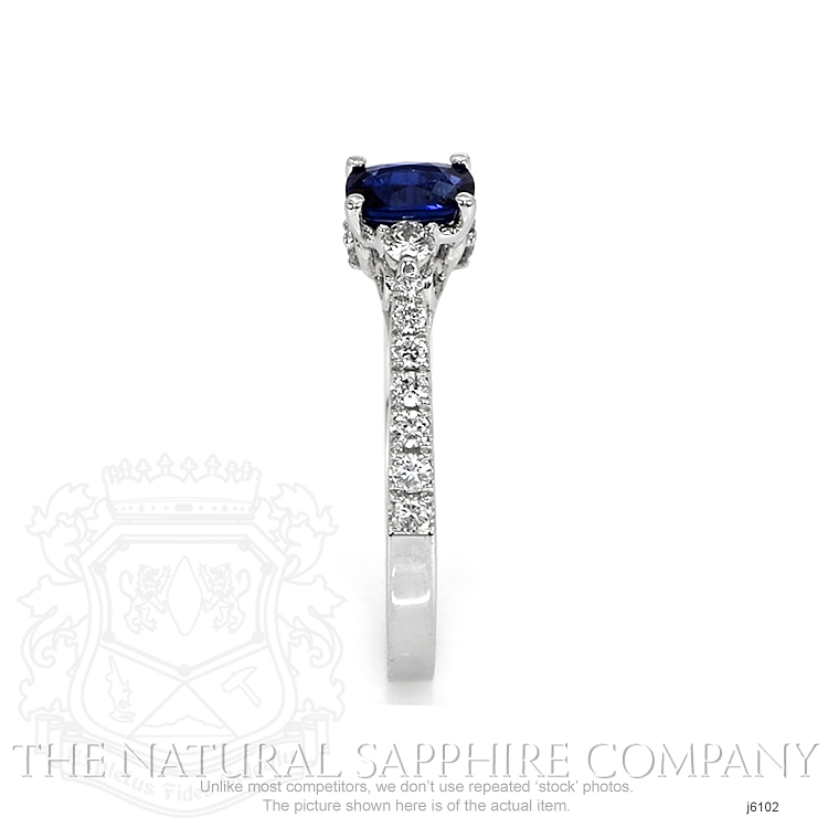 0.46ct Blue Sapphire Ring Image 3