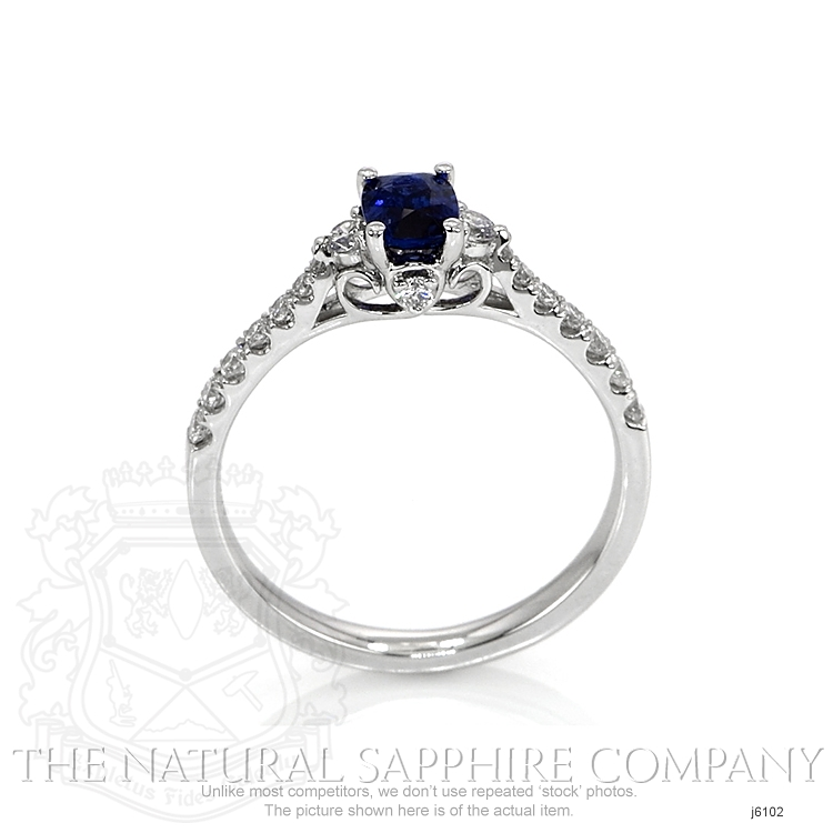 0.46ct Blue Sapphire Ring Image 4
