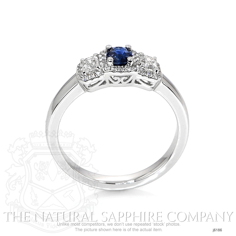 0.41ct Blue Sapphire Ring Image 4