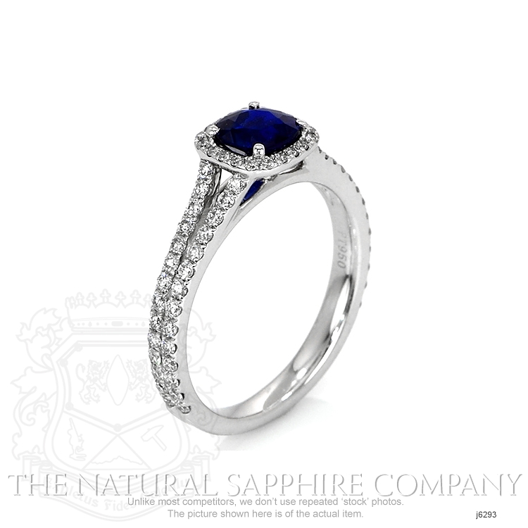 0.71ct Blue Sapphire Ring Image 2