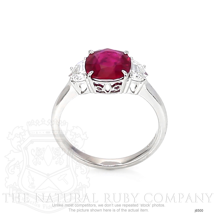2.21ct Ruby Ring Image 4