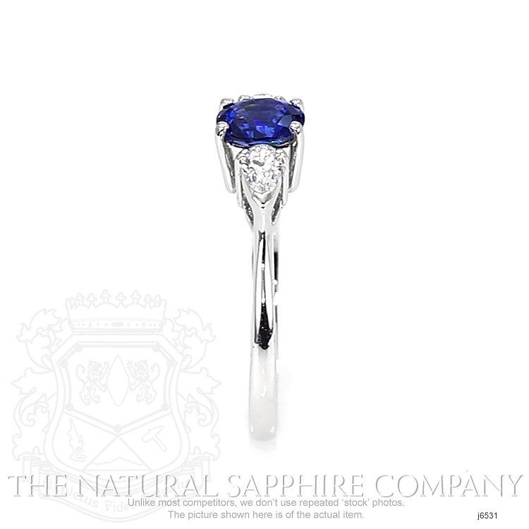 0.83ct Blue Sapphire Ring Image 3