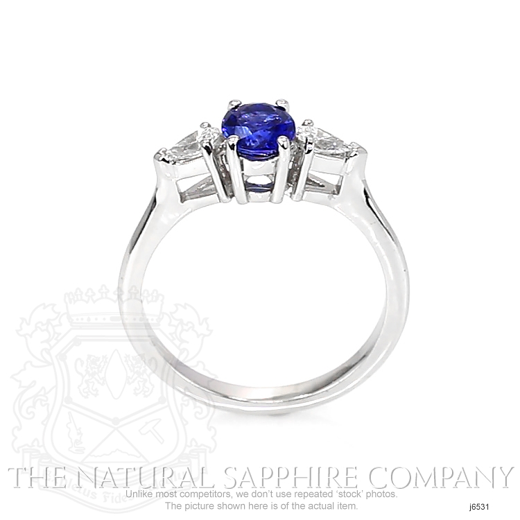 0.83ct Blue Sapphire Ring Image 4