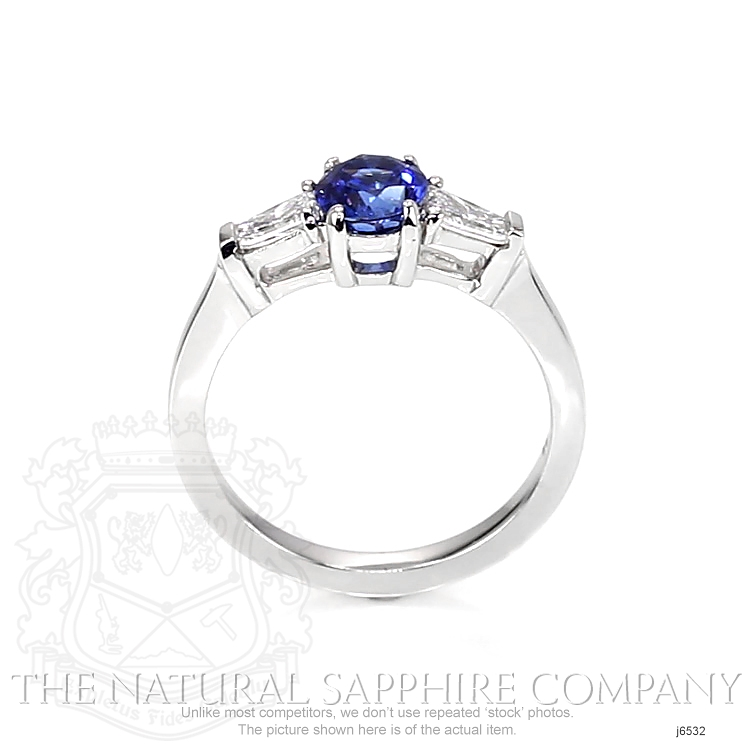 1.04ct Blue Sapphire Ring Image 4