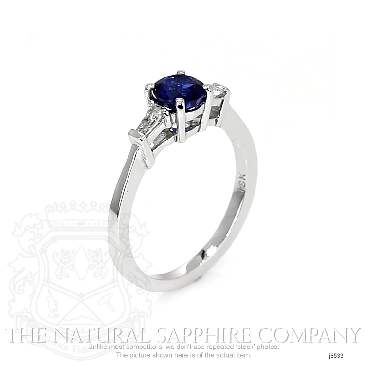 0.84ct Blue Sapphire Ring Image 2