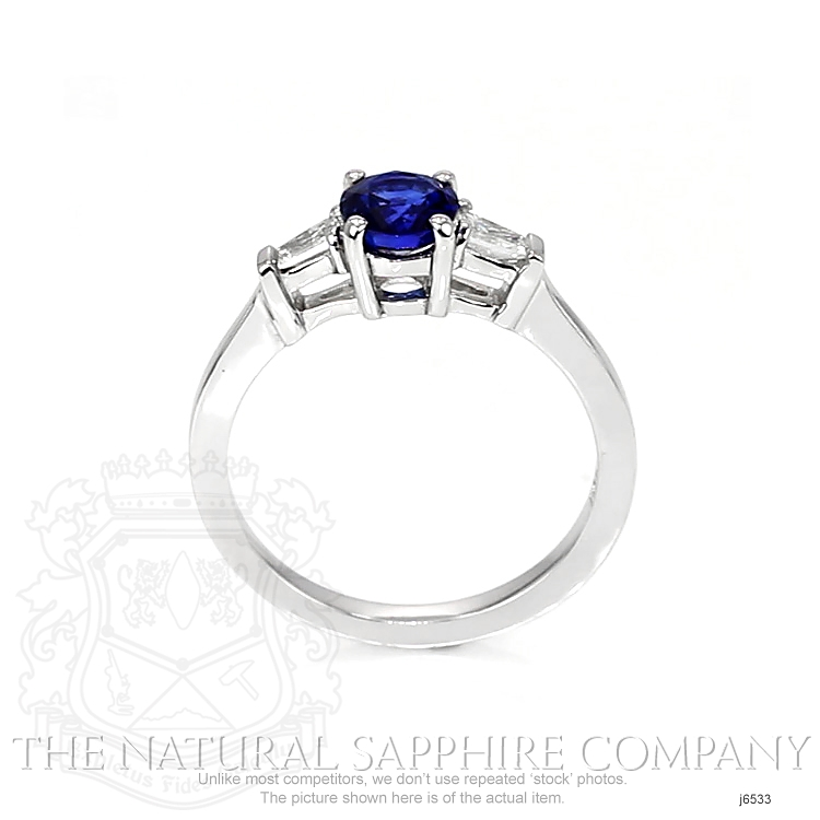 0.84ct Blue Sapphire Ring Image 4