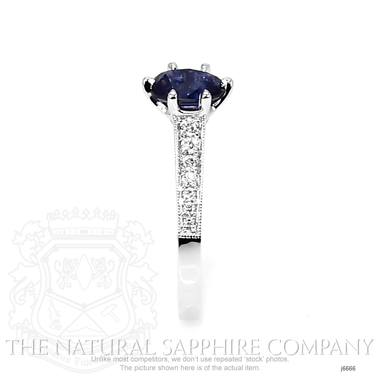 1.02ct Blue Sapphire Ring Image 3