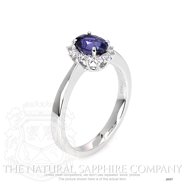 1.05ct Blue Sapphire Ring Image 2