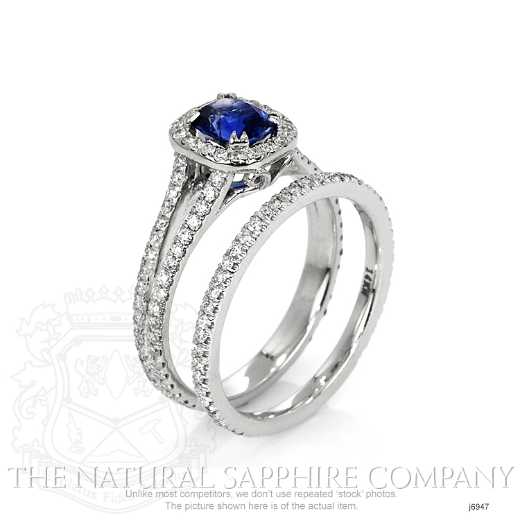 0.99ct Blue Sapphire Ring Image 2