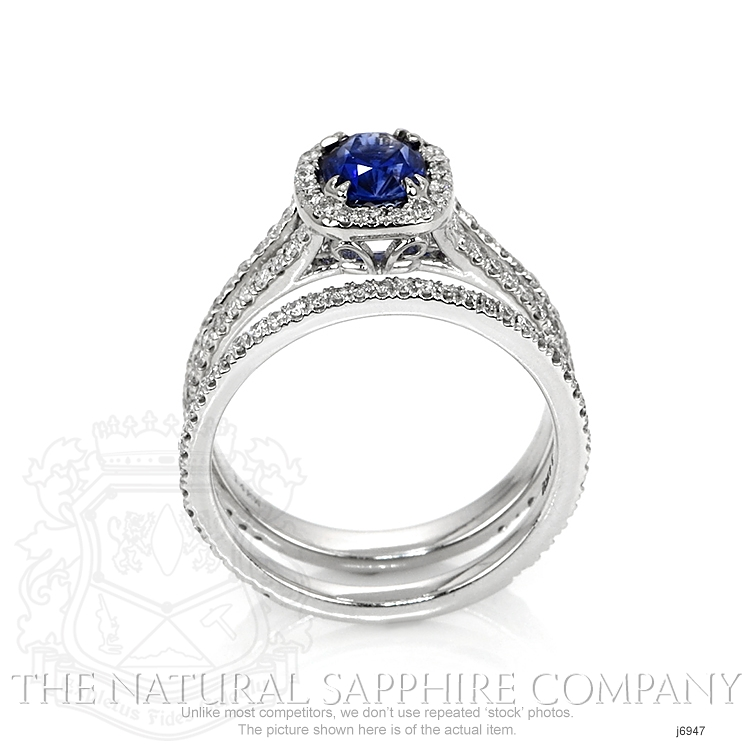 0.99ct Blue Sapphire Ring Image 4