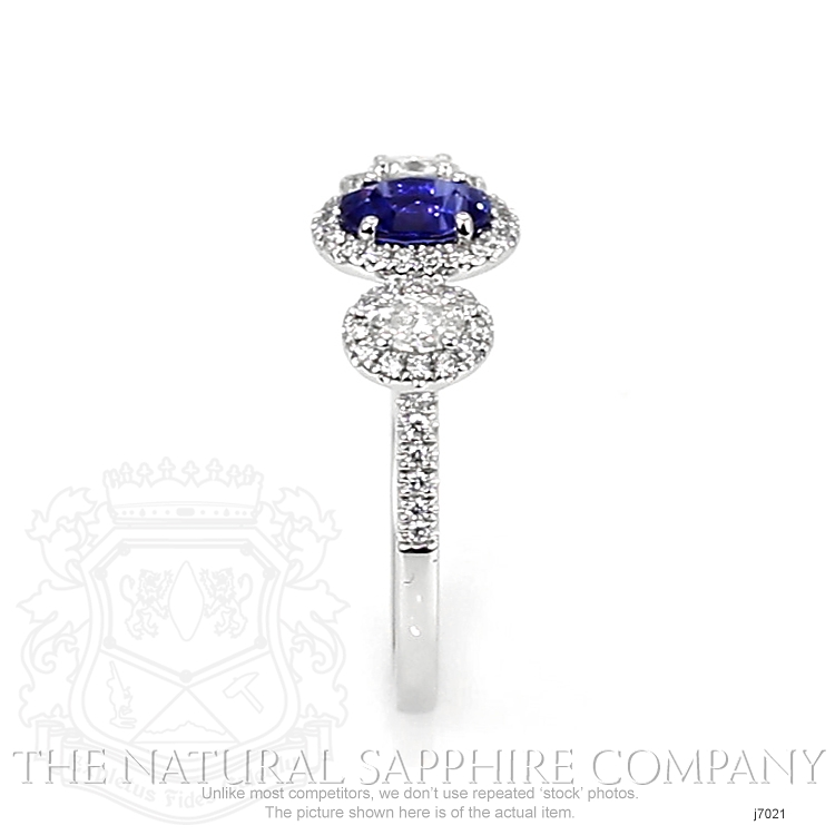 0.82ct Blue Sapphire Ring Image 3