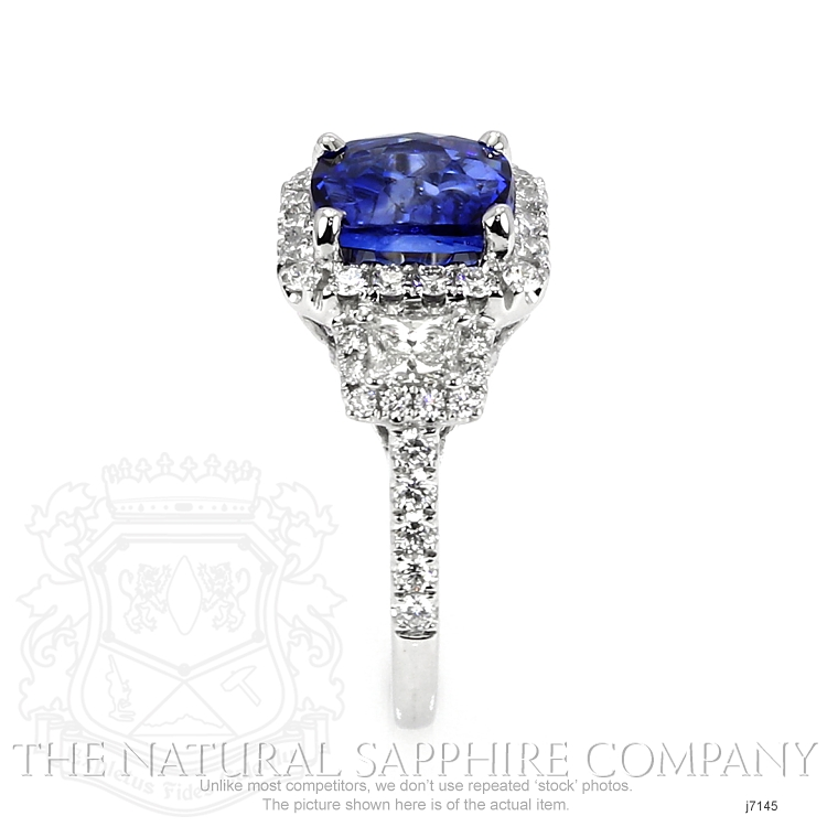 3.68ct Blue Sapphire Ring Image 3