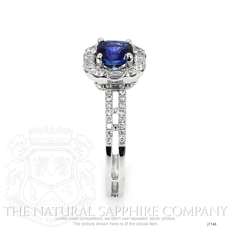 0.80ct Blue Sapphire Ring Image 3