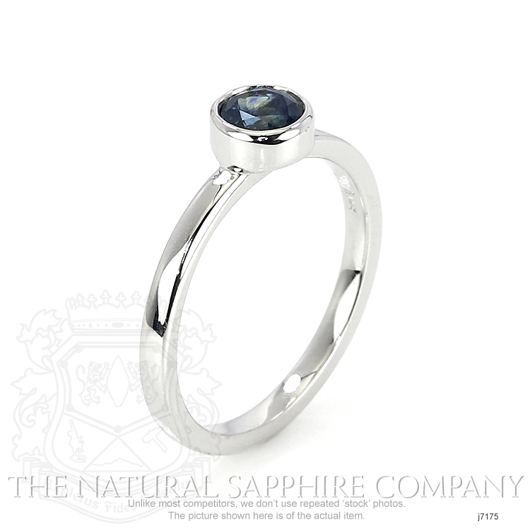 0.72ct Blue Sapphire Ring Image 2