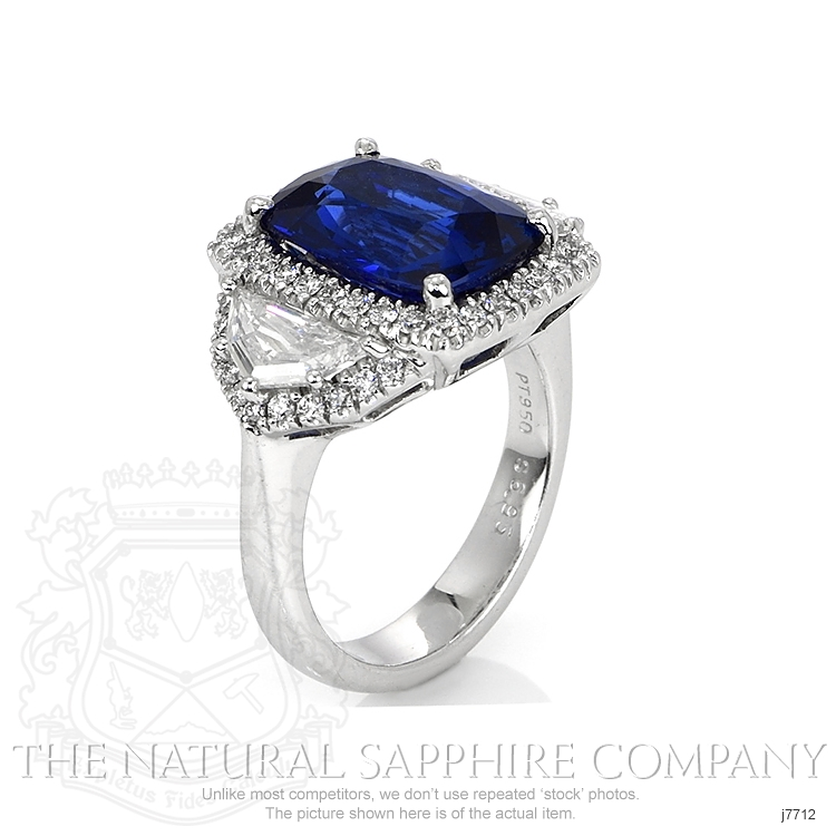 6.97ct Blue Sapphire Ring Image 2
