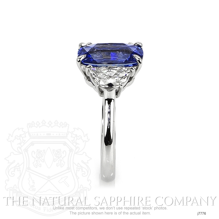 3.71ct Blue Sapphire Ring Image 3