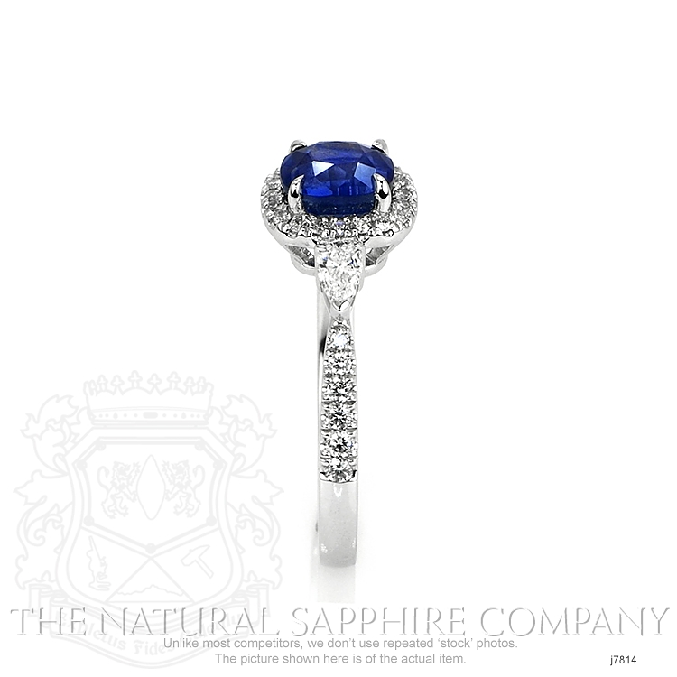 1.55ct Blue Sapphire Ring Image 3