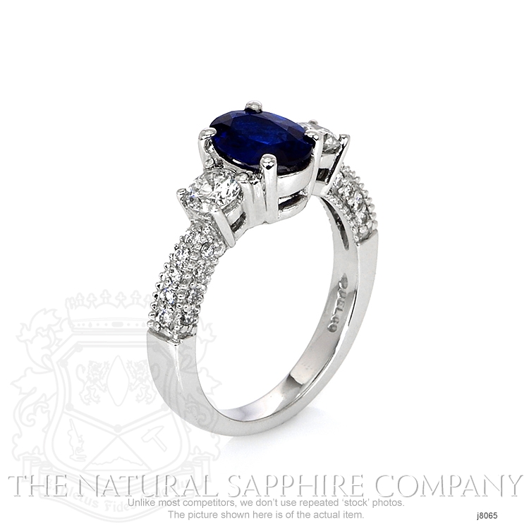 1.23ct Blue Sapphire Ring Image 2