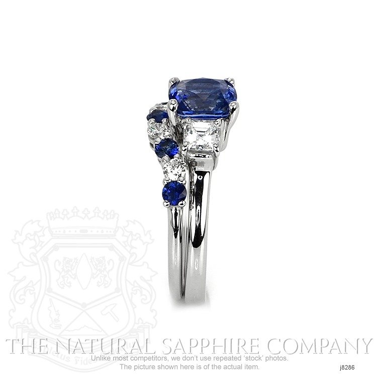 2.28ct Blue Sapphire Ring Image 3