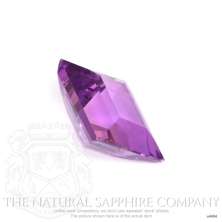 Natural Untreated Color-Change Sapphire U4494 Image 3