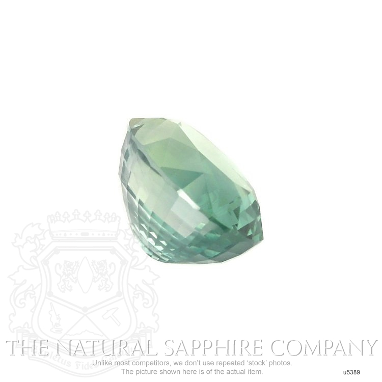Natural Untreated Green Sapphire U5389 Image 3