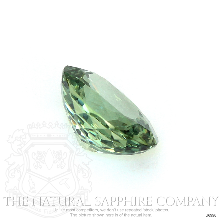 Natural Untreated Green Sapphire U6996 Image 3