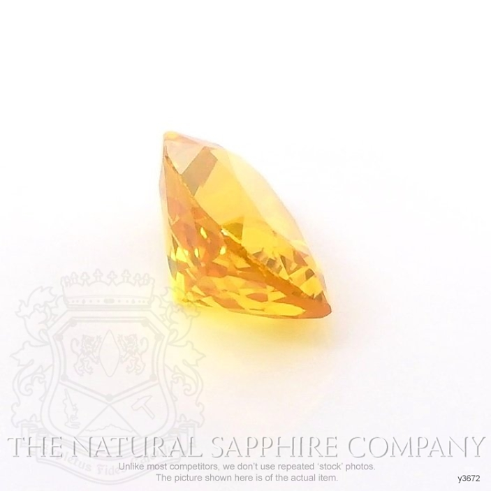 Natural Yellowish Brown Sapphire Y3672 Image 3